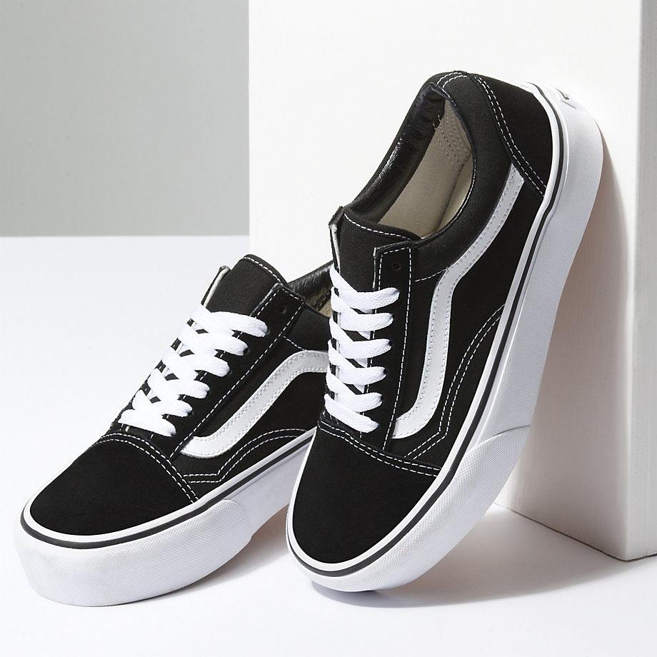 d3edf5f24bb3 Vans Old Skool Platform női cipő Black/White - Coreshop